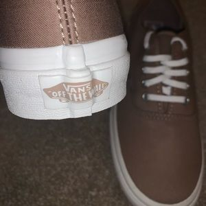 Brand new/never worn brown vans